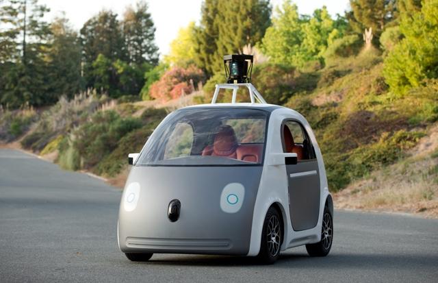 Les Google Cars, ces voitures sans chauffeur.
